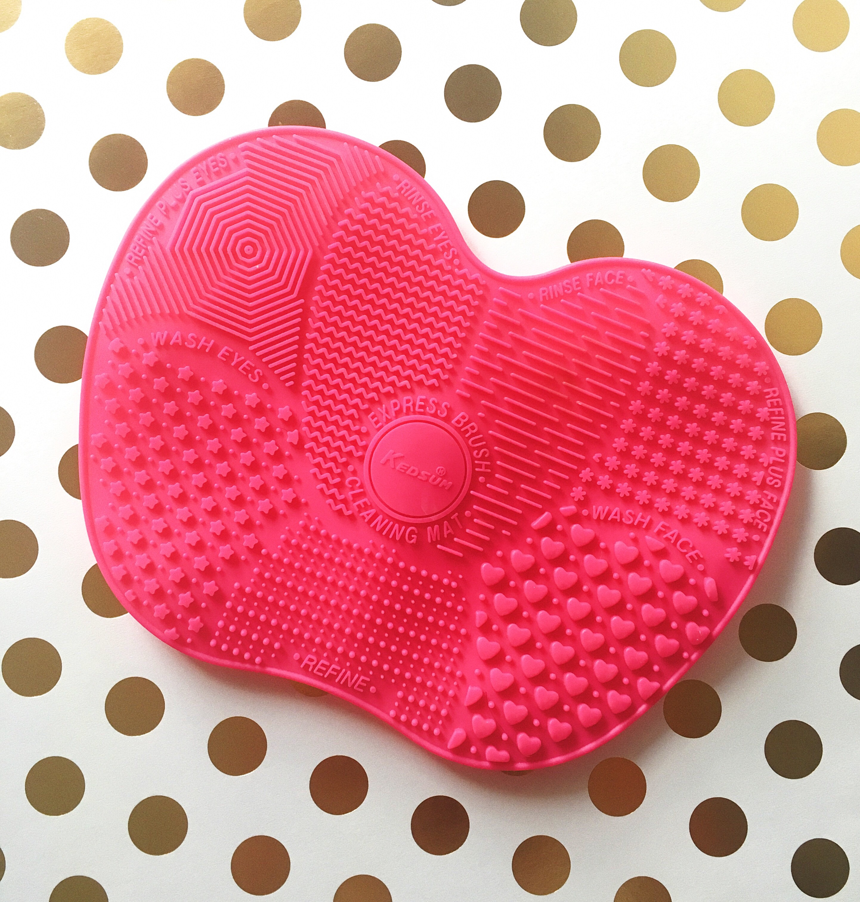 Hot Pink Silicone Brush Cleansing Mat